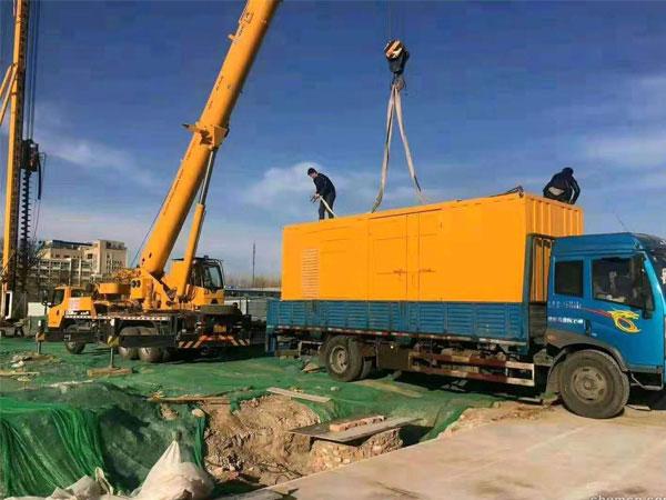 南通万科工程建设租赁一台大型静音发电